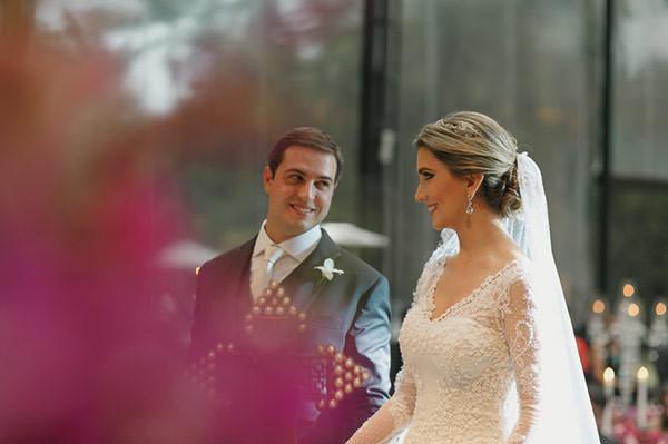 casamento-fazenda-villa-rica-vestido-noiva-danielle-benicio-tiara-miguel-alcade-6