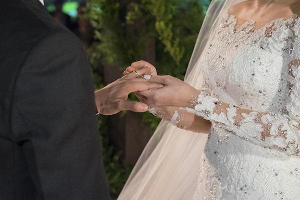 casamento-fotos-anna-quast-ricky-arruda-casa-petra-decoracao-1-18-project-assessoria-toda-de-branco-6