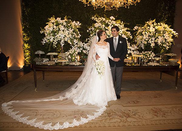casamento-fotos-flavia-vitoria-decoracao-lais-aguiar-vestido-noiva-wanda-borges-16