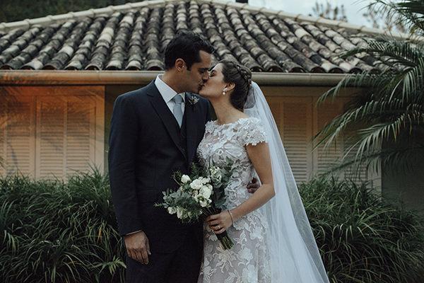 casamento-rj-maria-luiza-jobim-vestido-noiva-martu-beleza-gjunior-brinco-constancezahn-7