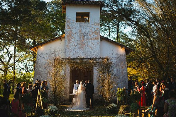 casamento-vintage-fazenda-vestido-noiva-casamarela-12