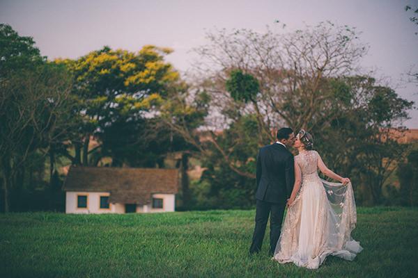 casamento-vintage-fazenda-vestido-noiva-casamarela-30
