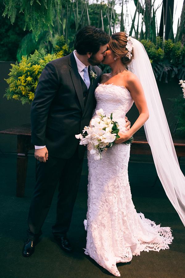 casamento-juliana-piccolotto-diogo-mattar-vestido-andre-betio-11