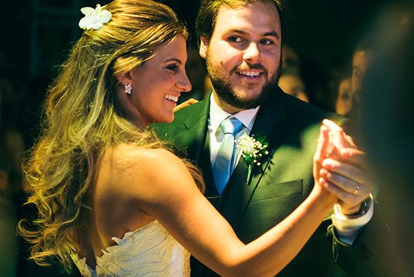 casamento-juliana-piccolotto-diogo-mattar-vestido-andre-betio-27