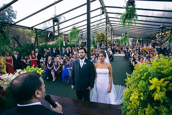 casamento-juliana-piccolotto-diogo-mattar-vestido-andre-betio-4