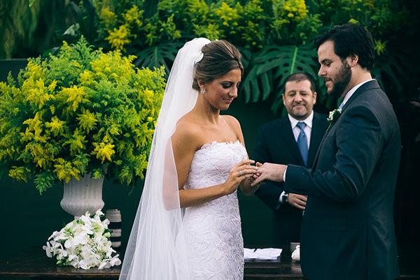casamento-juliana-piccolotto-diogo-mattar-vestido-andre-betio-9