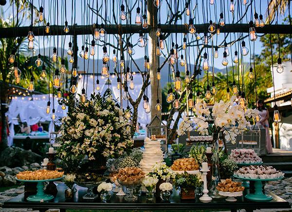 decoracao-casamento-praia-luai-cabanas-ana-carolina-favano-leandro-rocha-gee-nx-zero-02