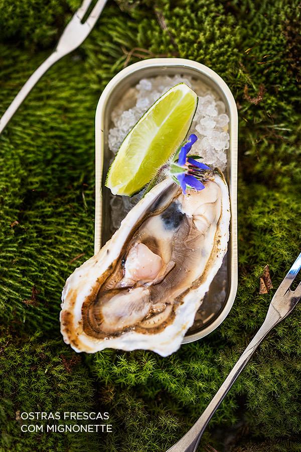 zest-cozinha-criativa-buffet-organico-casamento-Ostras-frescas-mignonette