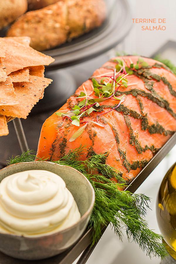 zest-cozinha-criativa-buffet-organico-casamento-terrine-salmao
