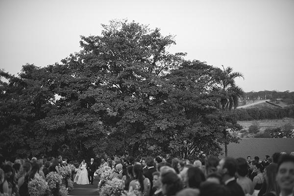 casamento-campo-fazenda-vestido-de-noiva-wanda-borges-decoracao-renato-aguiar-06