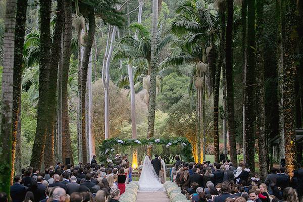 casamento-fazenda-vila-rica-petit-decoracoes-vestido-noiva-maison-kas-5