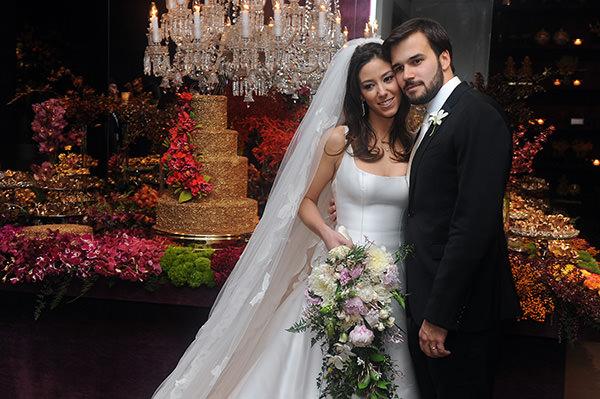casamento-decoracao-contemporaneo-8076-vestido-noiva-wanda-borges-29