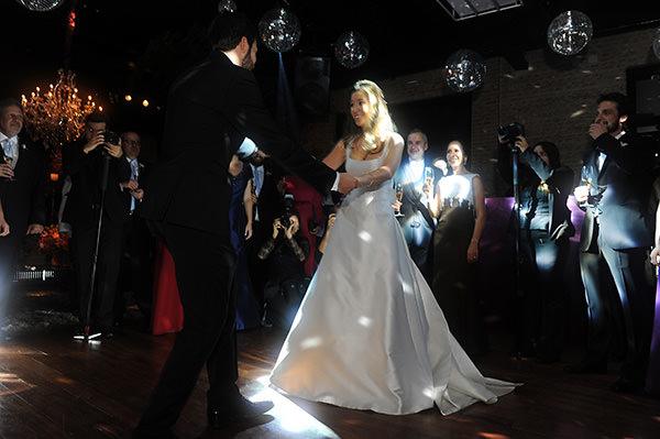 casamento-decoracao-contemporaneo-8076-vestido-noiva-wanda-borges-31