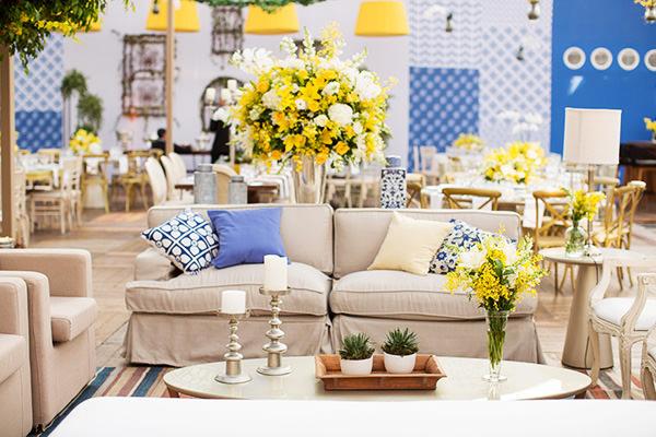 casamento-ilha-fiscal-rio-de-janeiro-decoracao-azul-amarelo-tissi-valente-01