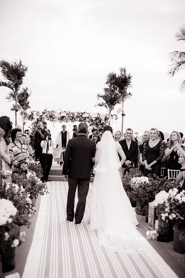 casamento-ilha-fiscal-rio-de-janeiro-vestido-noiva-mariana-kuenerz-02