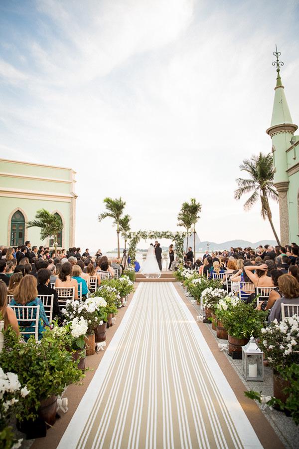 casamento-ilha-fiscal-rio-de-janeiro-vestido-noiva-mariana-kuenerz-03