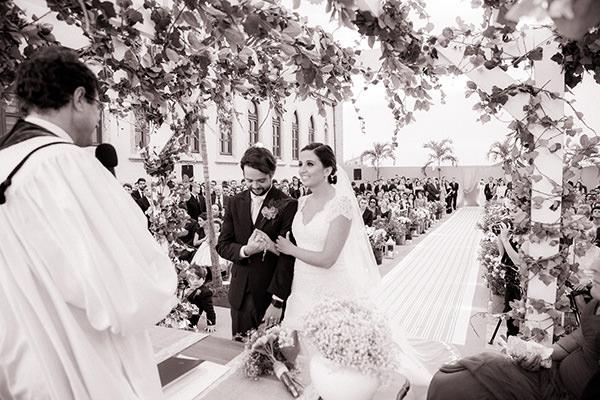 casamento-ilha-fiscal-rio-de-janeiro-vestido-noiva-mariana-kuenerz-04