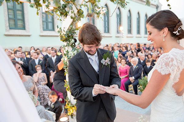 casamento-ilha-fiscal-rio-de-janeiro-vestido-noiva-mariana-kuenerz-07