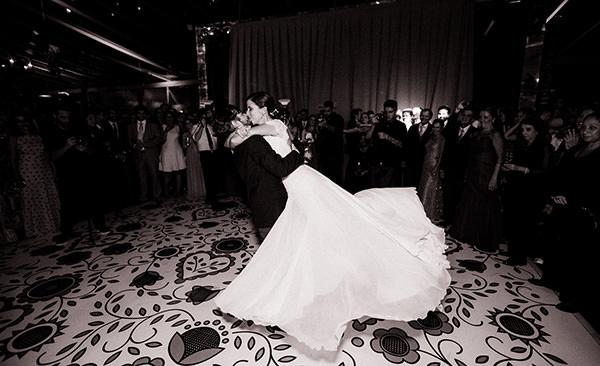 casamento-ilha-fiscal-rio-de-janeiro-vestido-noiva-mariana-kuenerz-10