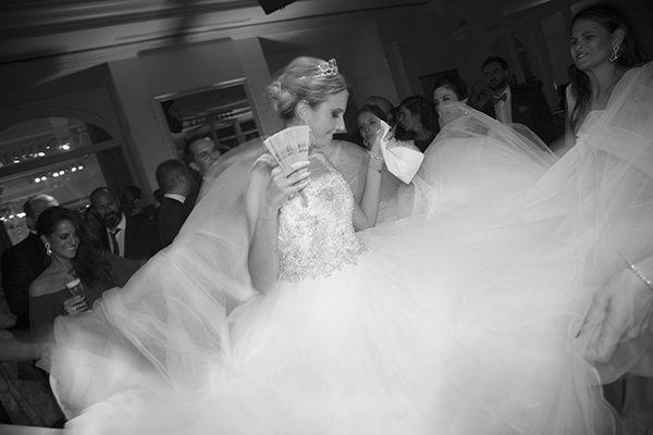 casamento-dani-glaz-vestido-de-noiva-elie-saab-decoracao-clarissa-rezende-22