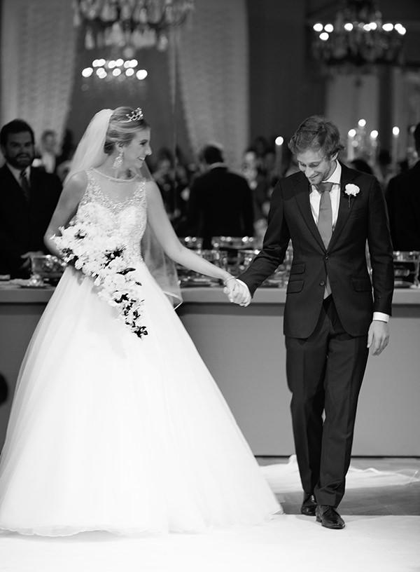 casamento-dani-glaz-vestido-de-noiva-elie-saab-decoracao-clarissa-rezende-3
