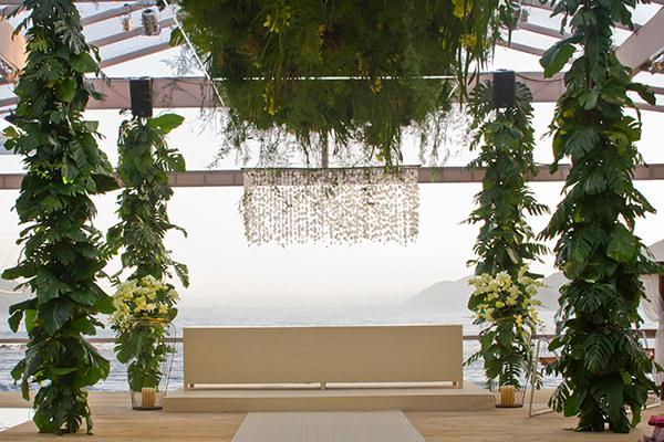 casamento-moderno-praia-decoracao-flor-e-forma-09