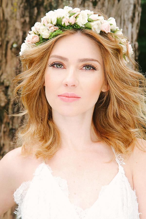 editorial-beleza-noiva-maquiagem-natural-flores-cabelo-cris-moreno-002
