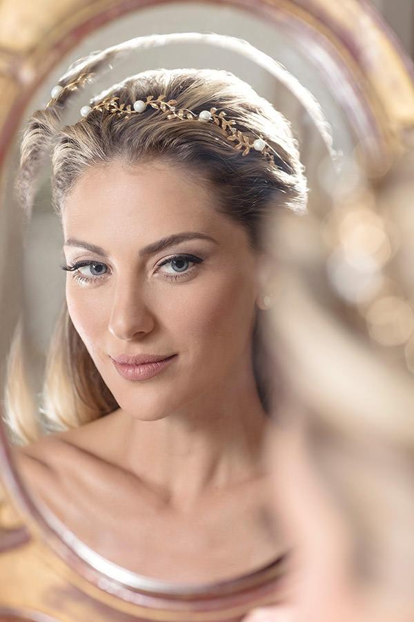 editorial-renata-bernardo-acessorio-noiva-tiara-dourada-perolas