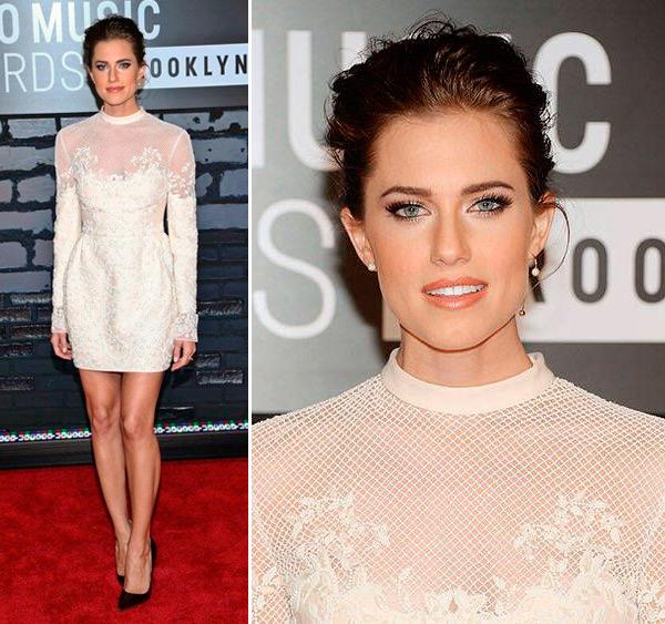 looks-de-allison-willians-para-inspirar-noivas-vestido-curto-branco-valentino