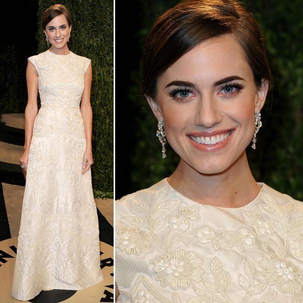 looks-de-allison-willians-para-inspirar-noivas-vestido-longo-branco-vanity-fair