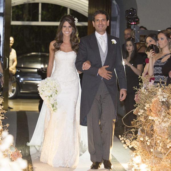 05-casamento-fernanda-haidar-entrada-noiva-foto-cissa-sannomiya