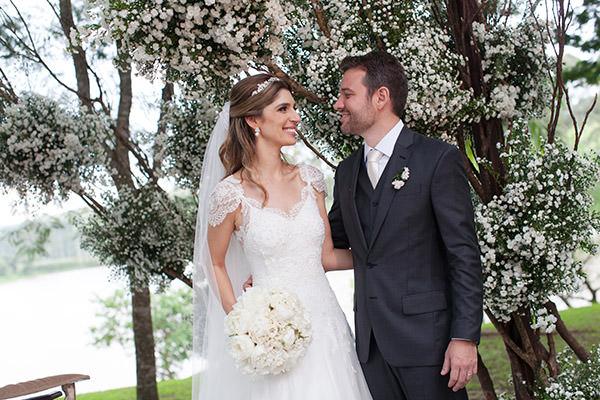 14-casamento-fazenda-lageado-fotografia-flavia-vitoria-entrada-noiva-cerimonia