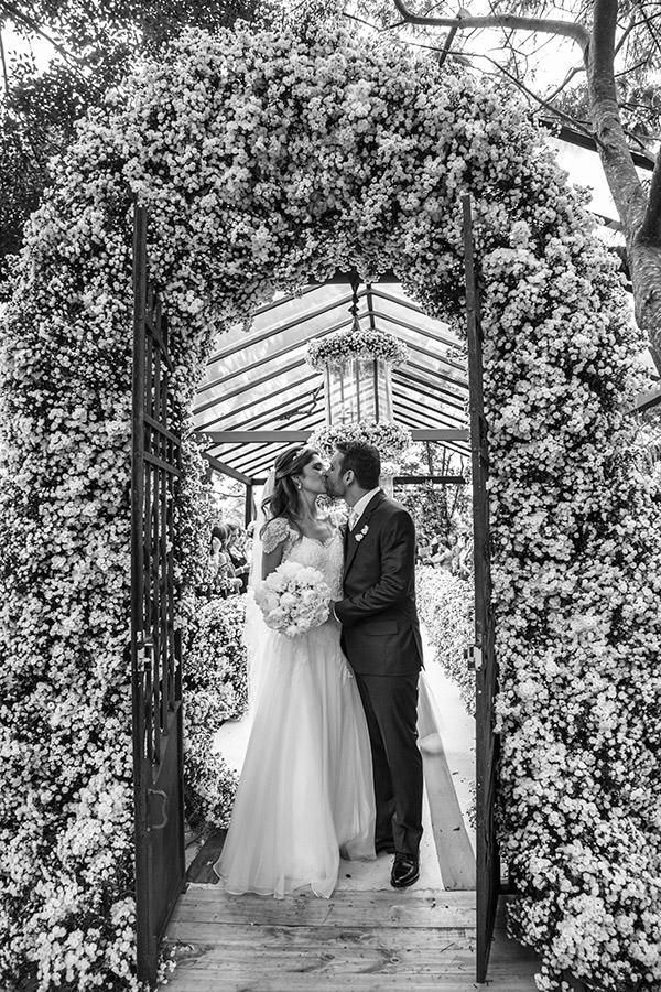 15-casamento-fazenda-lageado-fotografia-flavia-vitoria-saida-noivos-cerimonia