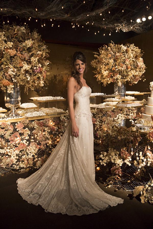 28-casamento-fernanda-haidar-festa-casa-fasano-vestido-de-noiva-alba-eloisa