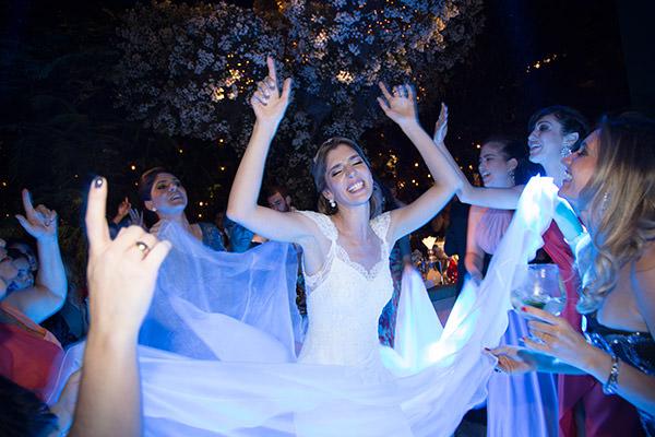 30-casamento-fazenda-lageado-fotografia-flavia-vitoria-vestido-de-noiva-emannuelle-junqueira