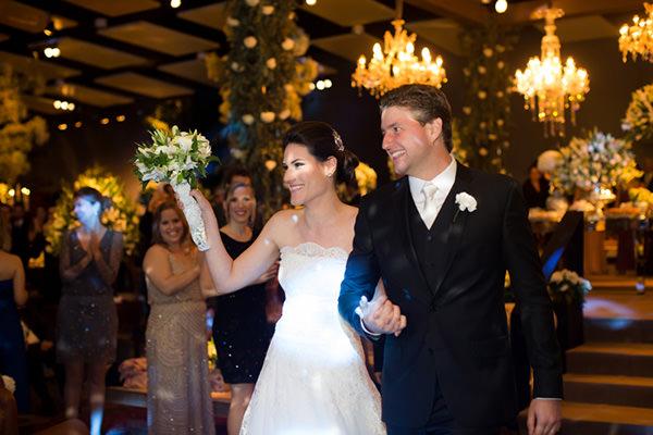 Casamento-Fernanda-Scuracchio-vestido-noiva-Luciana-Collet-24