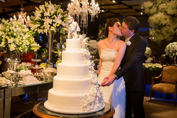 Casamento-Fernanda-Scuracchio-vestido-noiva-Luciana-Collet-25