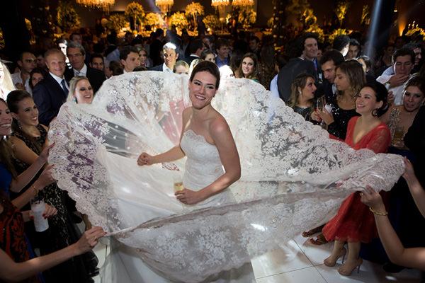 Casamento-Fernanda-Scuracchio-vestido-noiva-Luciana-Collet-27