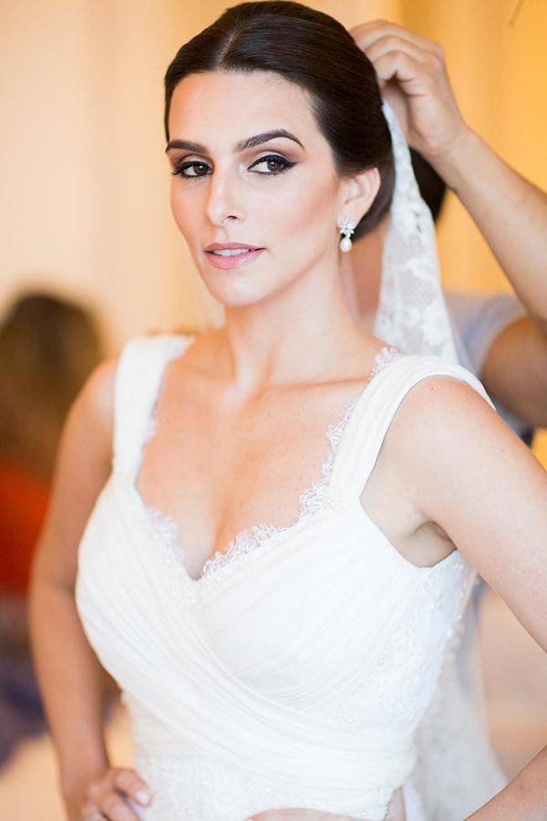casamento-joana-e-rodolpho-vestido-mariana-kuernez-2