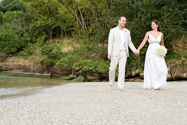 casamento-praia-destination-wedding-ponta-dos-ganchos-fotografia-estudio-das-meninas-28