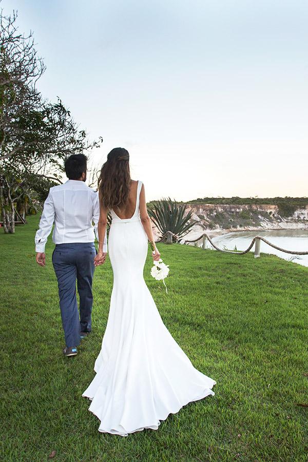 casamento-trancoso-natalia-fusco-bruno-dias-vestido-de-noiva-sereia-cauda