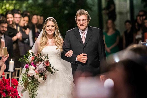 casamento-vila-rica-vestido-noiva-whitehall-patricia-graicar-3