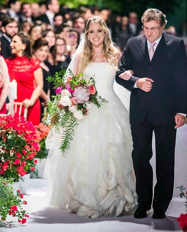 casamento-vila-rica-vestido-noiva-whitehall-patricia-graicar-4
