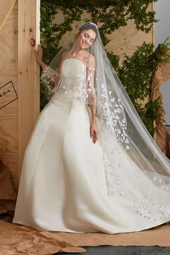 vestido-de-noiva-carolina-herrera-colecao-spring-2017-ny-bridal-week-13
