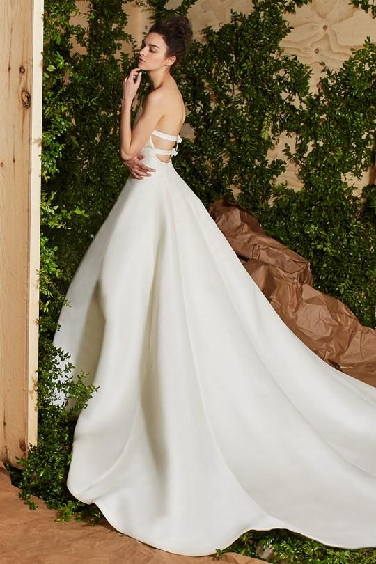 vestido-de-noiva-carolina-herrera-colecao-spring-2017-ny-bridal-week-14