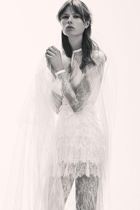 vestido-de-noiva-elie-saab-spring-2017-ny-bridal-week-16