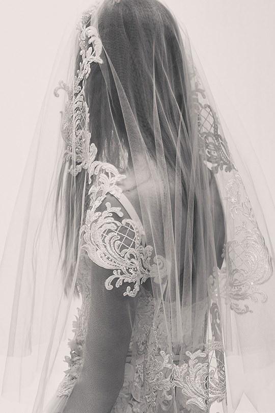 vestido-de-noiva-elie-saab-spring-2017-ny-bridal-week-22