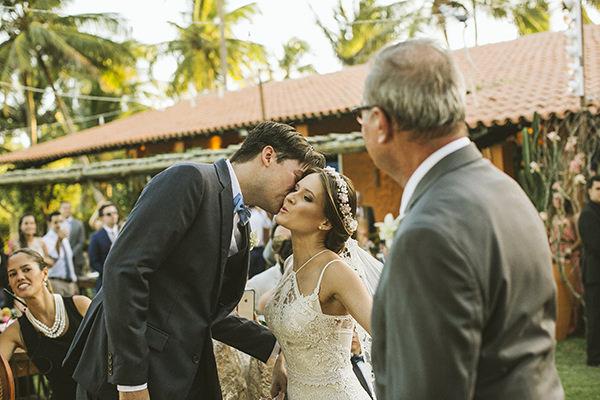 10-casamento-na-praia-casamarela-vestido-yolan-cris