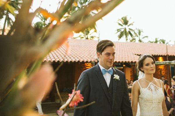 11-casamento-na-praia-casamarela-vestido-yolan-cris