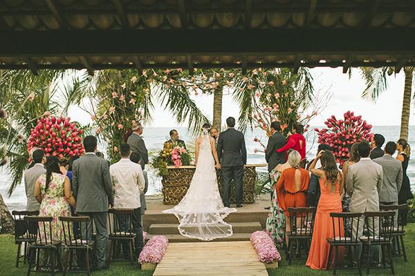 12-casamento-na-praia-casamarela-vestido-yolan-cris